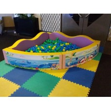 MEDIUM corner soft ball pit